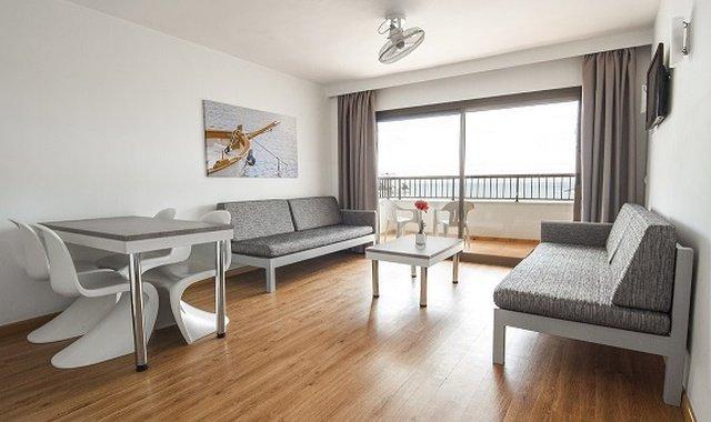 Habitaciones Apartamentos Sol y Vera